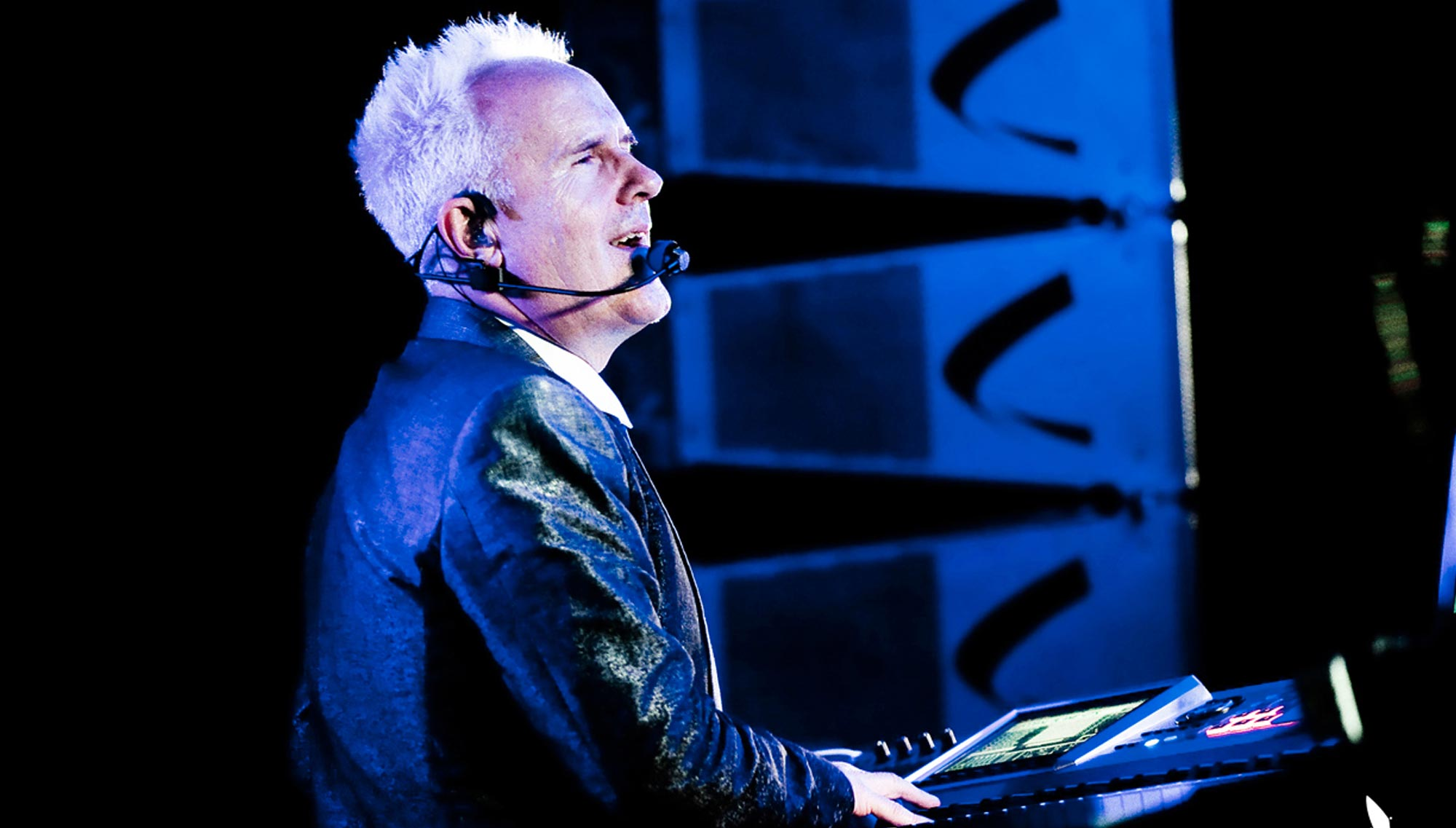 HOWARD JONES  <h5>October 19</h5>